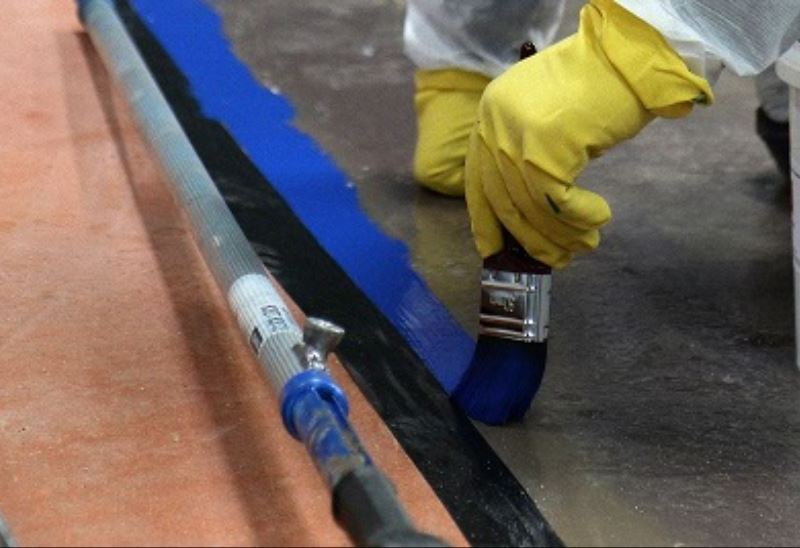 The benefits of epoxy paint and clear acrylic resins