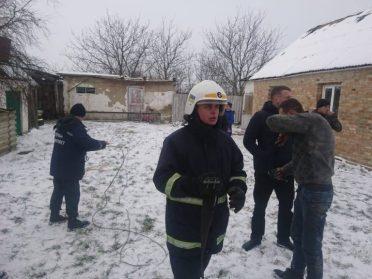 Із 45-метрового колодязя чоловіка діставали рівненські рятувальники