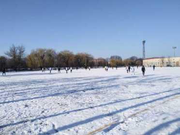 6 та 7 тури Зимової першості Рівного з футболу
