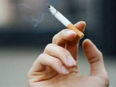 На Рівненщині під час карантину підліткам продавали сигарети