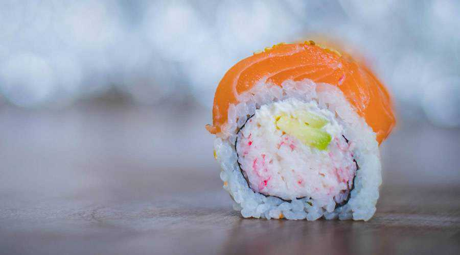 rice sushi minimal design plate