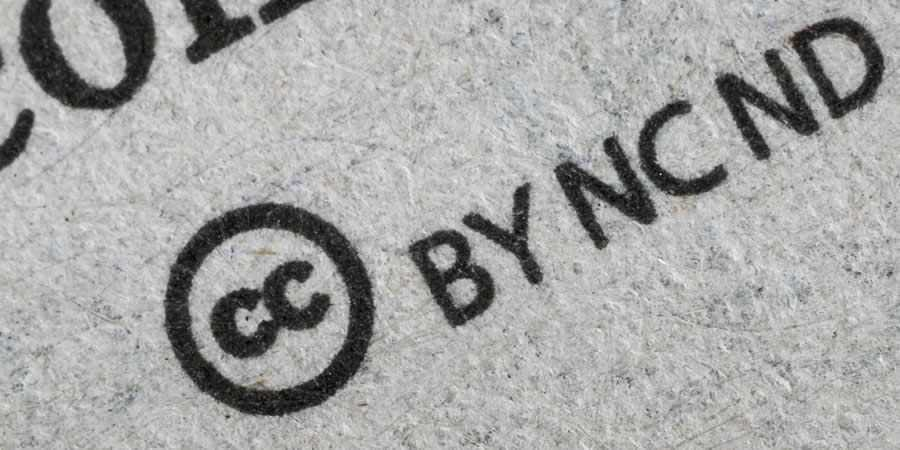 Copyright Logo CC paper