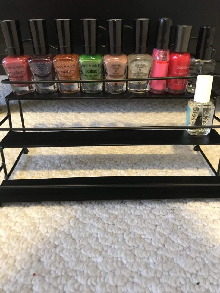 wired nail polish organizer