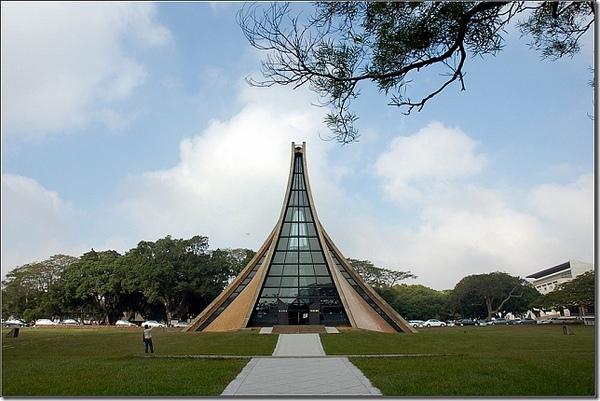【台中】漫步.東海大學.路思義教堂