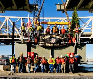 Raising gang on Oct 19, 2015 getting ready to lift final segment into place on the Ohio River Bridges Project. #2