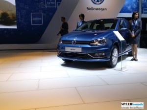 VW Ameo front