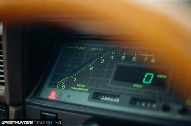 2018-Speedhunters_Kenny-Toyota-X6-Cressida_Trevor-Ryan-047_49000006