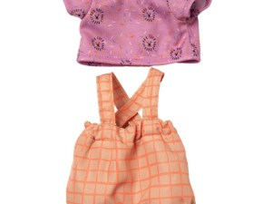Outfit the zoo voor Baby Stella