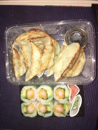 mont sushis from montesson menu