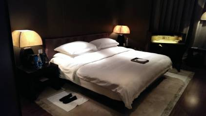 2013_Dubai_Armani_Hotel_003
