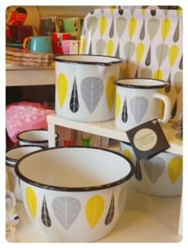 Yellow Leaves, mugs, jug, tray and bowl