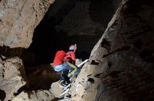 rebrík aj vo Francúzskej jaskyni
