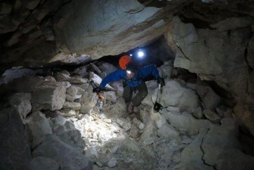 Prechod jaskyňou