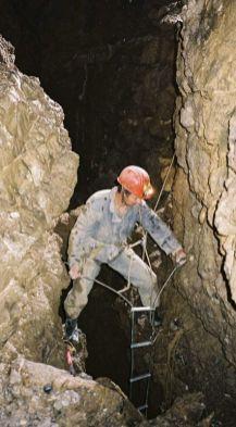 Zameranie rebríka pred osadením