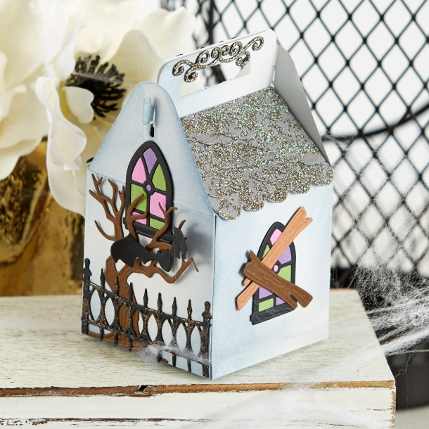 S4-1071 Spooky Cottage: Create a haunted house cottage with Becca's Charming Christmas Cottage (S6-153). Add sweet treats to this ghoulishly delightful container and finish it off with a mummy gift tag! What's New   Halloween 2020 Collection by Becca Feeken for Spellbinders #Spellbinders #NeverStopMaking #DieCutting #Cardmaking #Halloween #AmazingPaperGrace