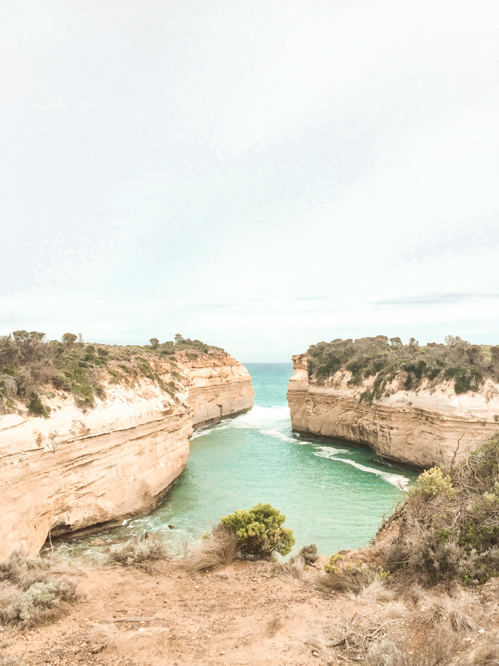 spellbound travels loch ard gorge great ocean road melbourne australia