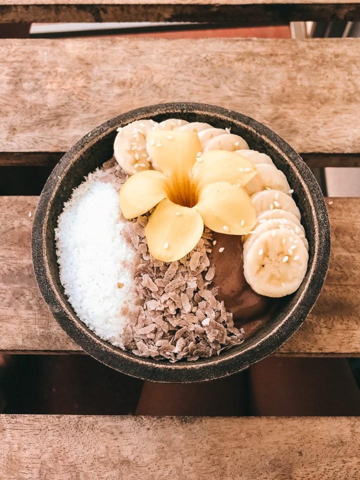 spellbound travels sri lanka smoothie bowl