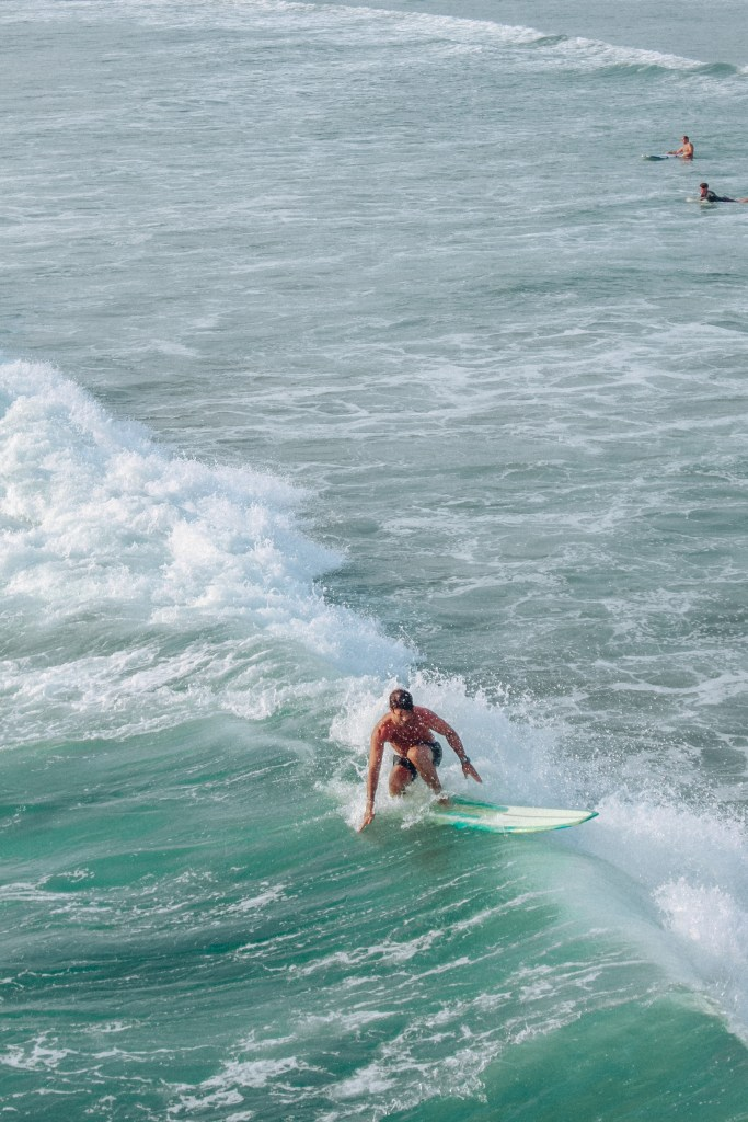 spellbound travels surfing at pacific beach san diego
