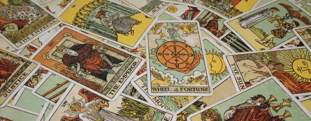 introduction-tarot-reading