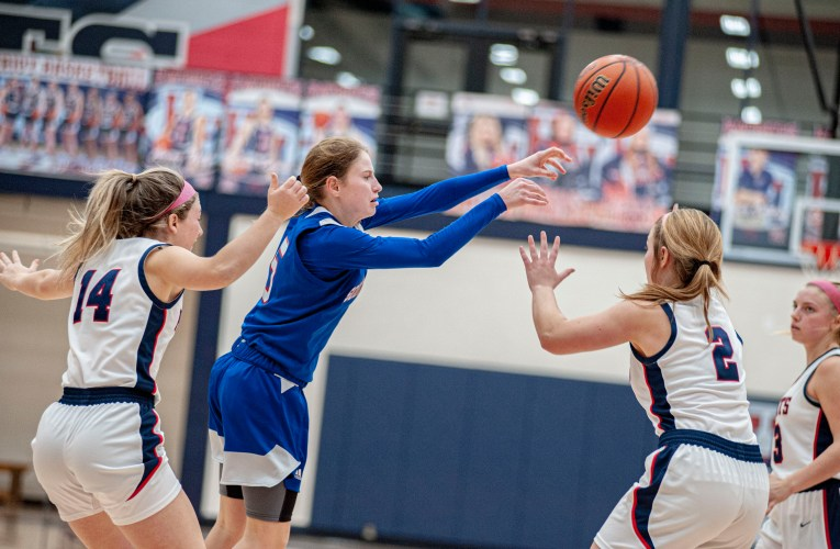South Spencer vs Heritage Hills Girls Basketball Photo Gallery