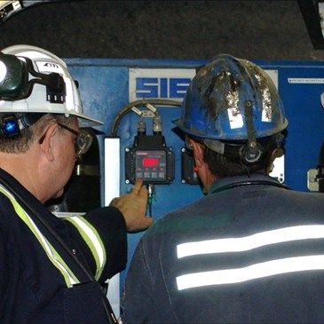 Customized training for mine hoist systems