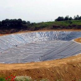 Aplikasi Geomembrane HDPE untuk Kolam Limbah