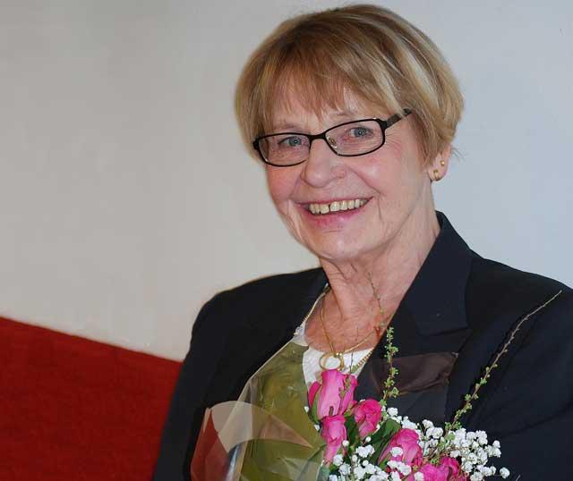Kerstin Persson avgår, verkställande utskott tar över