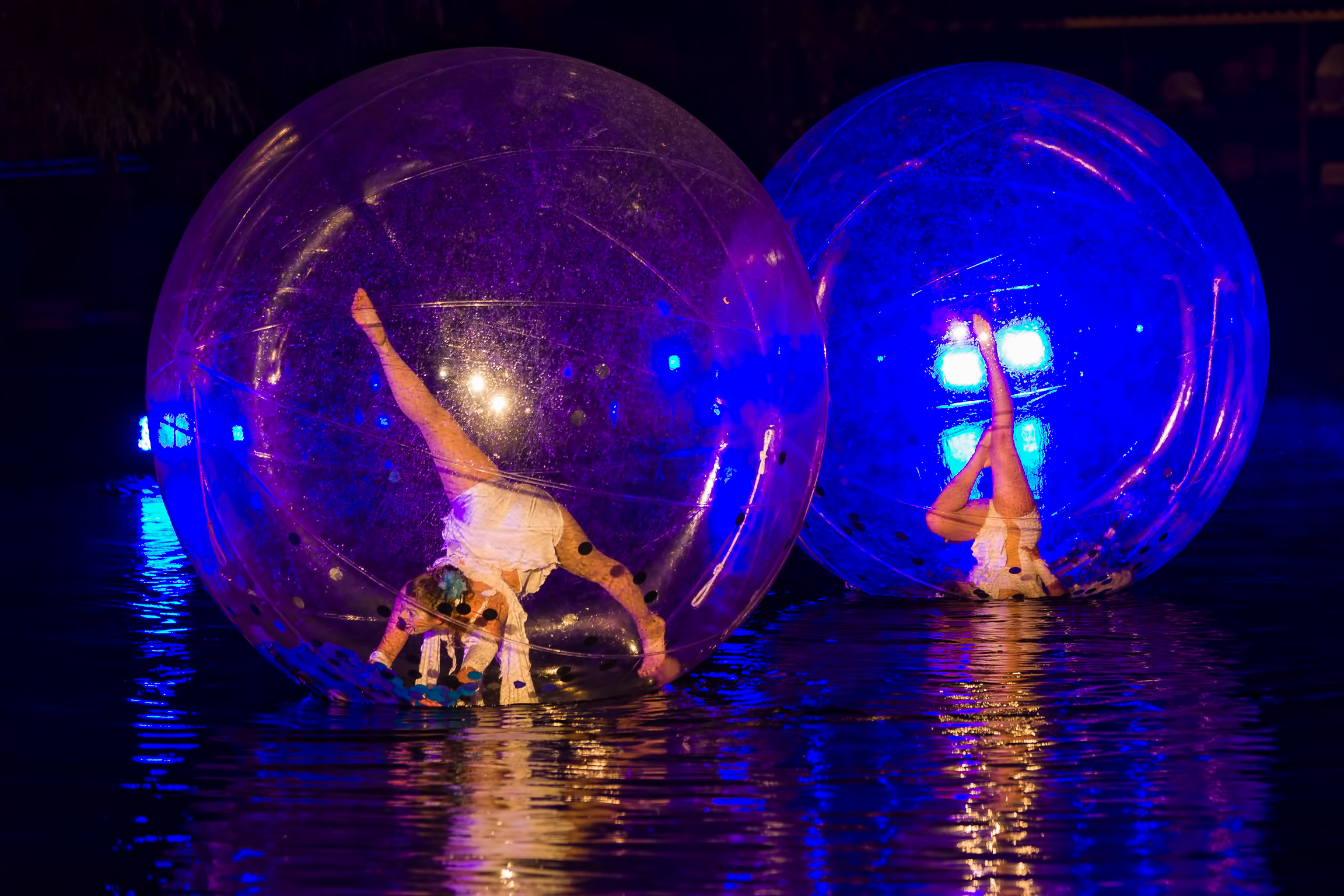 Floating bubble dance show on the water