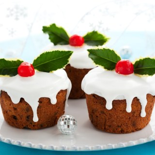 Mini Pumpkin Fruit Cakes