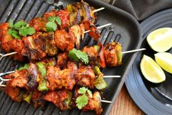 Chicken Tikka / Spiced Chicken Skewers (Murg Tikka)