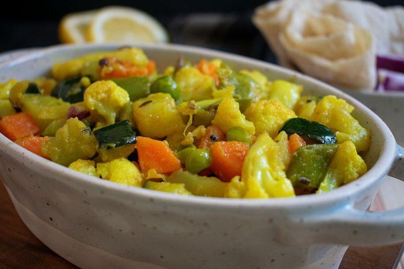 Easy Vegetable Stir Fry (Sabji Bhaji)