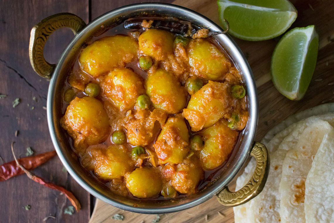 Dum Aloo (Baby Potato Curry)