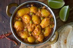 Dum Aloo (Baby Potato Curry)
