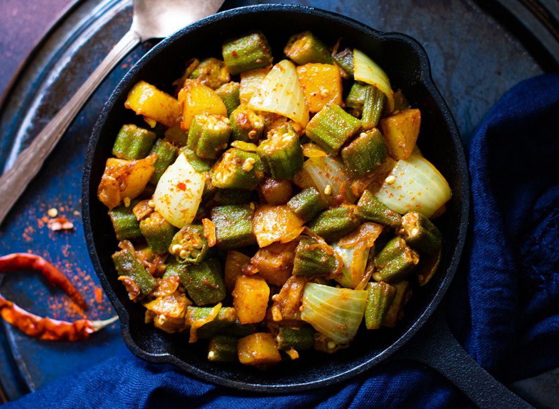 Aloo-Bhindi (Stir-fried okra and potato)