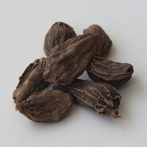 Cardamomo negro (Amomum Subulatum)