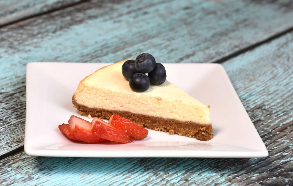 Instant Pot Skinny Cheesecake recipe by Spice Cravings! Rich and creamy tart like pie, made with a crust of graham crackers, with a smooth custard-like cream cheese filling, and served with toppings of your choice. #cooking #food #foodie #foodblogger #delicious #recipe #instantpot #recipes #easyrecipe #cuisine #30minutemeal #instagood #foodphotography #tasty