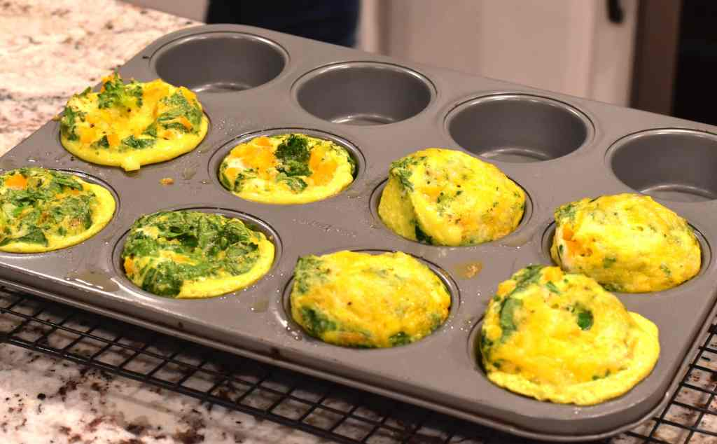 Instant Pot Frittata Muffins, Egg Bites by Spice Cravings are a bite of comfort early in the morning! They are warm, fluffy, flavorful and nutritious eggs bites that are shaped like muffins. 5 minutes of prep, 5 minutes of cooking. Breakfast couldn't get any easier than this! #food #foodie #foodblogger #delicious #recipe #instantpot #recipes #easyrecipe #cuisine #30minutemeal #instagood #foodphotography #tasty #eggs #breakfast #brunch
