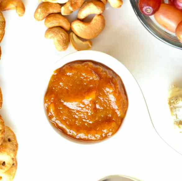 Peach Ginger Chutney is a delicious sweet & spicy condiment made with sweet peaches, and spicy ginger! It's a great addition for any cheese board! #food #foodie #foodblogger #delicious #recipe #instantpot #recipes #easyrecipe #cuisine #30minutemeal #instagood #foodphotography #tasty #indian #condiments #jam #chutney