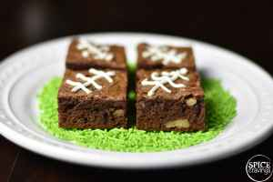 This recipe for 4-ingredient Nutella brownies is simple, quick, and makes fudgy, chewy andgooey brownies. This recipe needs justall-purpose flour, Nutella (Hazelnut Spread), eggs and chocolate chips. #SpiceCravings #food #foodie #foodblogger #delicious #recipe #instantpot #recipes #easyrecipe #cuisine #30minutemeal #instagood #foodphotography #tasty #brownies #dessert #chocolate