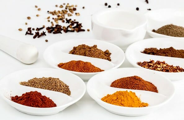 Cooling spices for hot summer days. List ayurveda spices to reduce pitta and summer foods