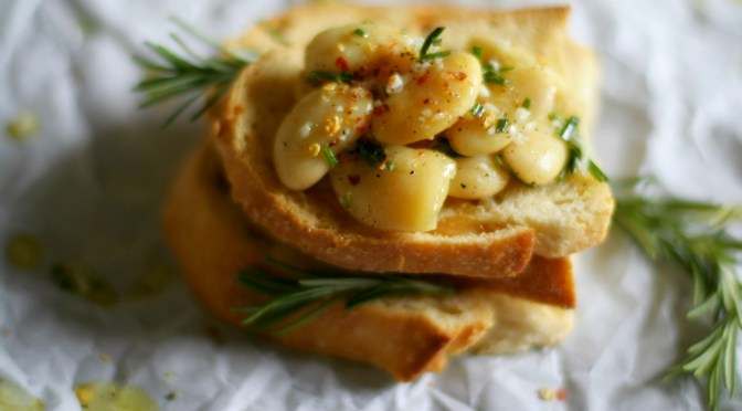 White Bean Bruschetta with Rosemary and Lemon