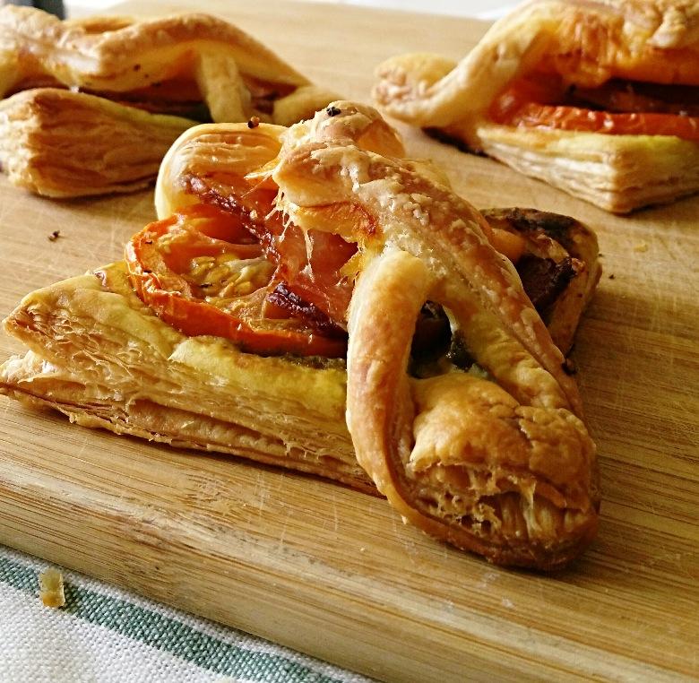 Bacon Pesto Brunch Pastries