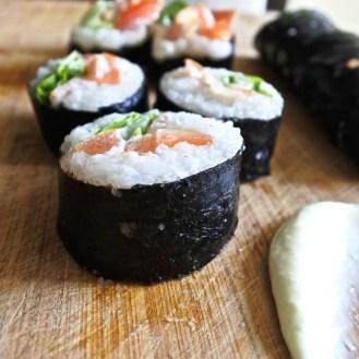 blt sushi rolls with wasabe mayo