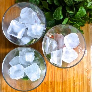 ice in glasses