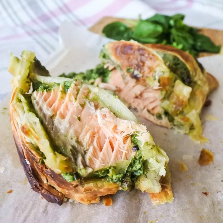slices of salmon en croute