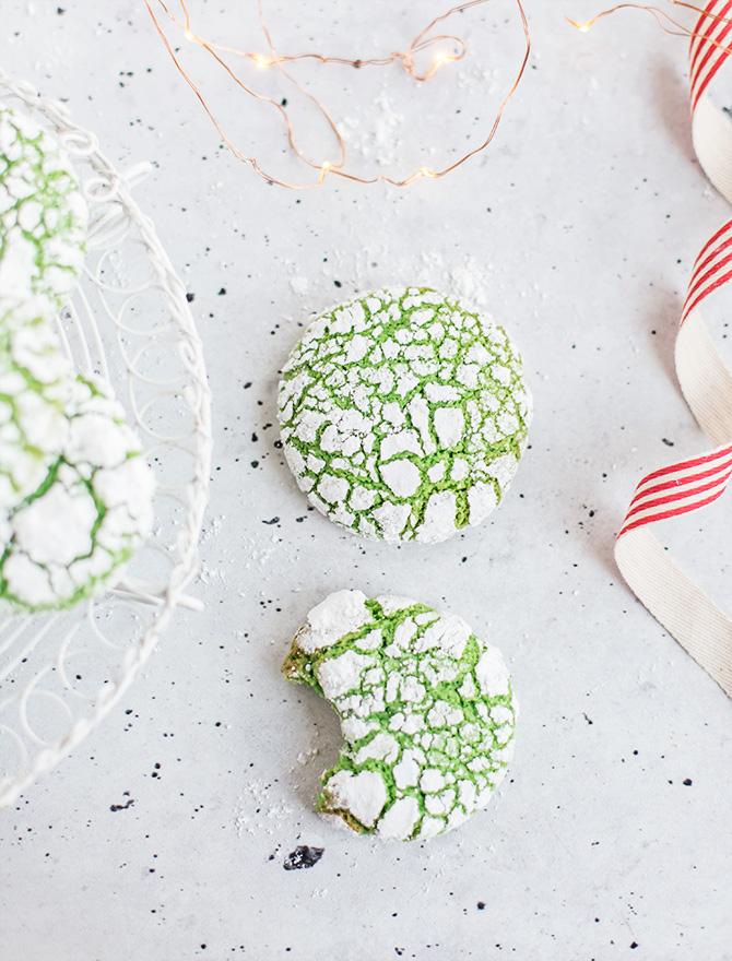 Pandan Crinkle Cookies