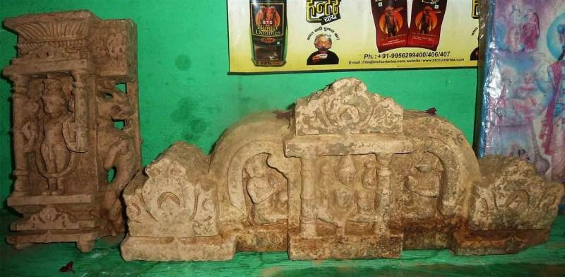 उत्तरकाशी :रामनगर गढ़ में खुदाई में निकल रही है प्राचीन मूर्तियां,ग्रामीणों ने की पुरातत्व विभाग से सर्वे कराने की मांग