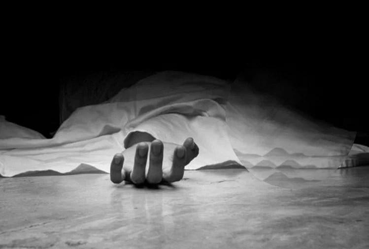 Chattisgarh: Three Lightning Victims Buried In Cow Dung For Cure In Jashpur District – छत्तीसगढ़: बिजली गिरने से घायल तीन लोगों को गाय के गोबर में दफनाया, दो की मौत
