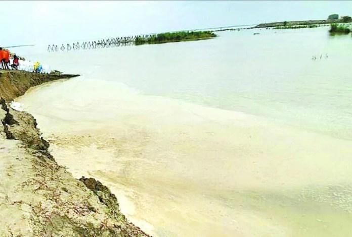 गोरखपुर में बाढ़।