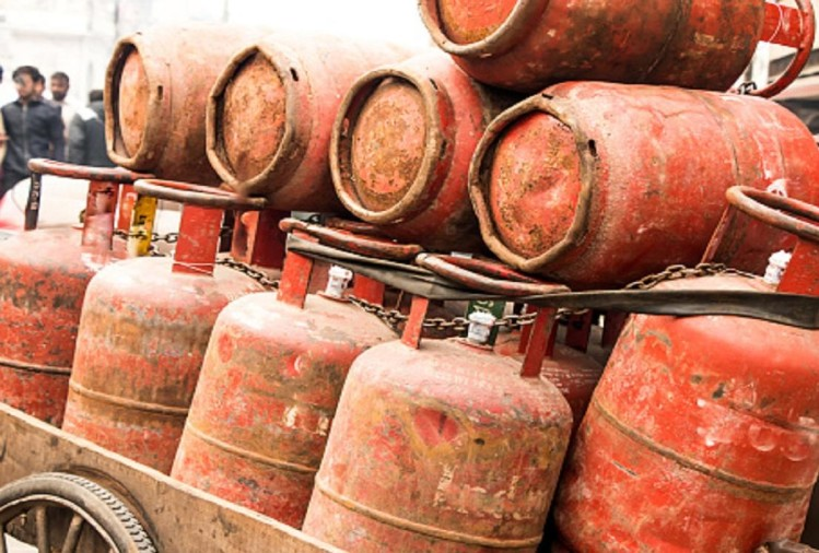 LPG Cylinders Become Expensive On The First Day Of The Year, Know How Much Is The Price